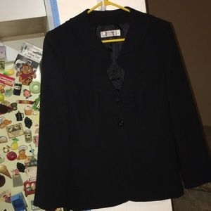Blazer dressy work office tahari Arthur Levine